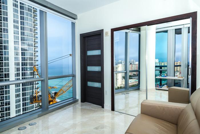 Sunny Isles Beach Apartments - 3 br corner ocean $2,570,000