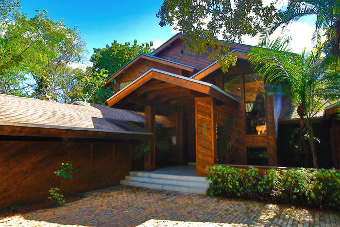 Miami Houses - 4 br unique house $1,190,000