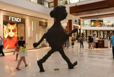 Attractions, activities and fun in Miami - shopping in Aventura Mall