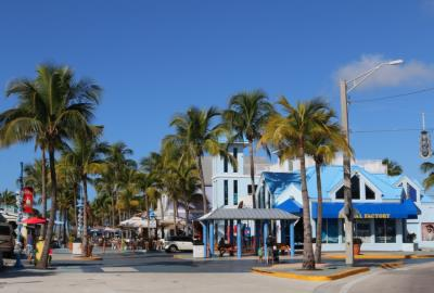 Escape from Miami to Fort Myers for an Unforgettable Experience