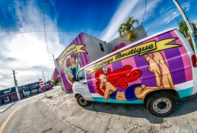 Claudia La Bianca, Wynwood, mural, Miami, Photographer Sandro Abate