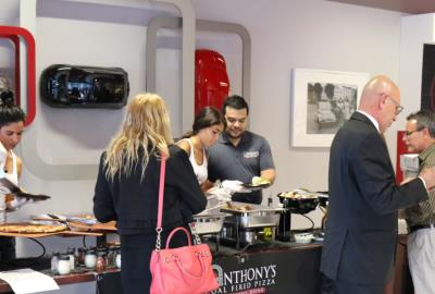 2017 Fiat 124 Spider in North Miami Dealer, Antonys Coal Fired Pizza