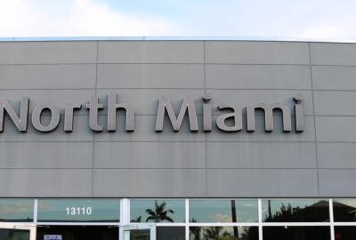 2017 Fiat 124 Spider in North Miami Dealer